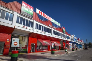 HELLE HOLLIS: Hybrid car rental on the Costa del Sol
